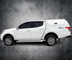 Mitsubishi fleetrunner hardtop 4